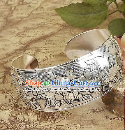 Top Grade Chinese Traditional Ethnic Accessories Sliver Carving Flowers Birds Bracelet for Women