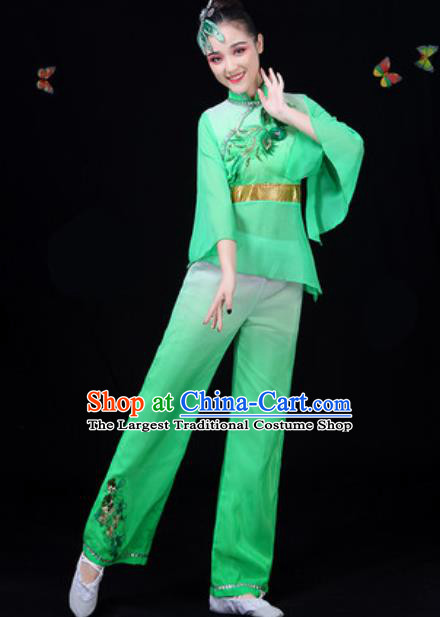 Traditional Chinese Yangko Green Clothing Folk Dance Fan Dance Stage Performance Costume for Women