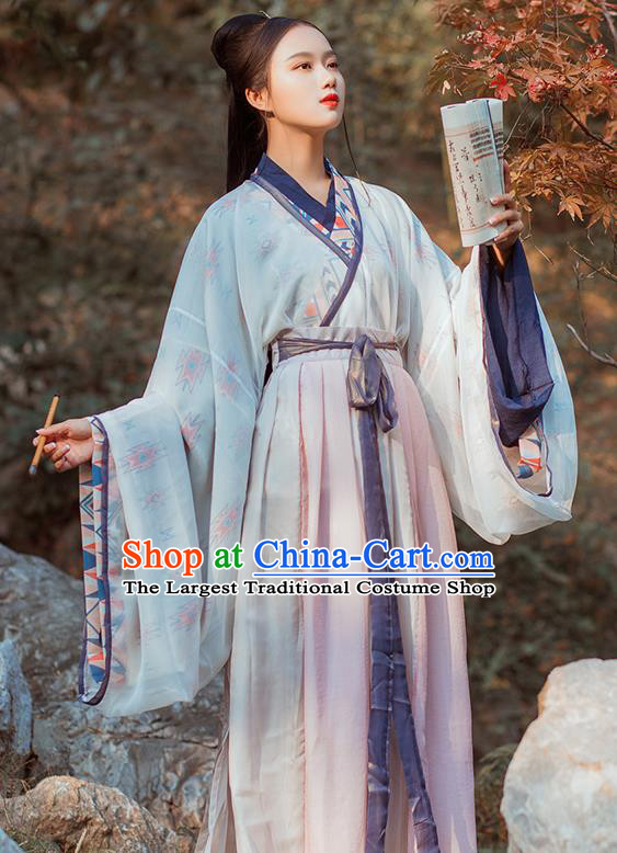 Chinese Jin Dynasty Swordswoman Historical Costume Traditional Ancient Nobility Lady Embroidered Hanfu Dress for Women