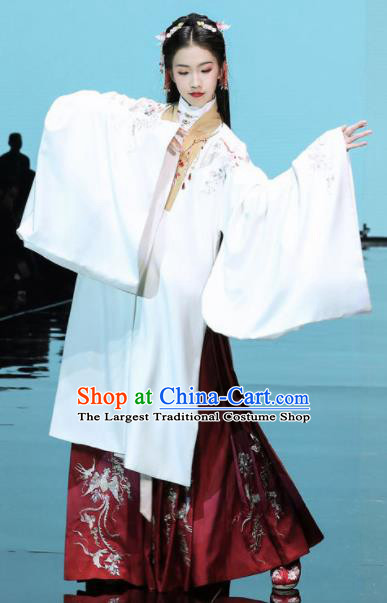Traditional Chinese Ming Dynasty Palace Princess Embroidered Hanfu Dress Ancient Court Replica Costumes for Women
