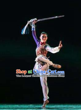 Beautiful Chinese Dance Yue Nv Ling Feng Swords Dance Costume Traditional Classical Dance Dress for Women