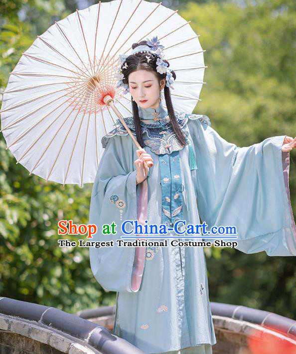 Chinese Ancient Young Female Long Gown and Skirt Traditional Ming Dynasty Hanfu Apparels Historical Costumes Full Set