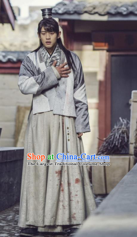 Chinese Ancient Servant Swordsman Clothing and Headwear Drama Tang Dynasty Tour Yun Ye White Costumes